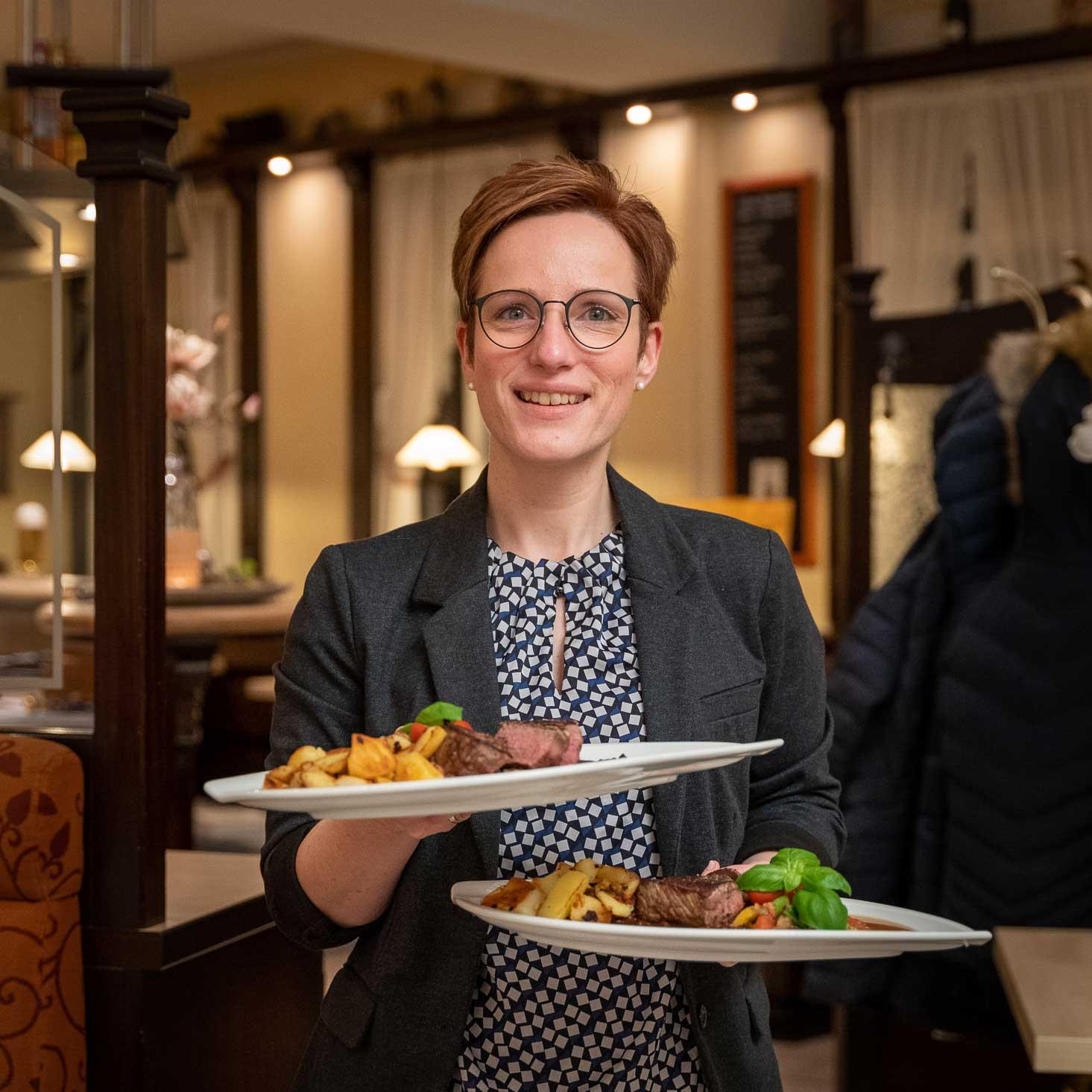 Bedienung Restaurant Remscheid Lennep